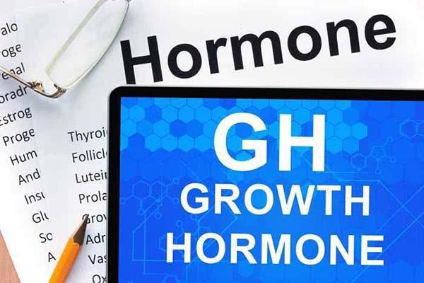 hormone-tang-truong-la-gi-lamsaodecao
