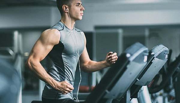 Tập luyện đều đặn có lợi cho sự phát triển chiều cao của nam và nữ